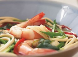 Hot & sour noodle soup with king prawns