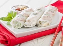 Prawn & vegetable rice paper rolls
