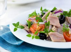 Vegetable-packed tuna salad